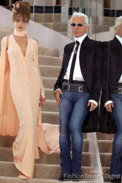 Natalia Vodianova担任Karl的新娘模特