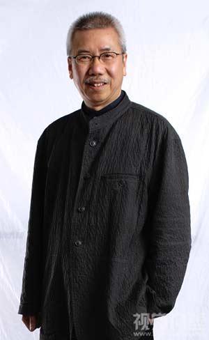 设计大师靳埭强先生