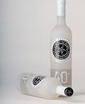 质感的玻璃瓶装包装设计