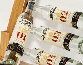 Farmers Moonshine葡萄酒包装设计