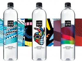 获A'设计奖白金奖的美国Lifewtr包装设计