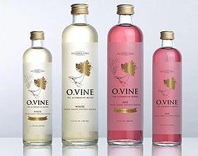 新饮料概念葡萄酒水包装设计