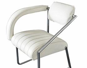 Eileen Gray设计的安乐椅:不墨守成规