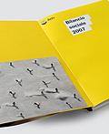 四套国外优秀年报画册设计欣赏