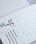 40个纯净白色凹凸名片设计