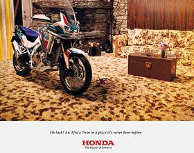 Honda摩托平面广告设计