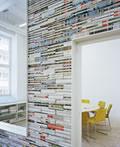 办公室一角―杂志墙