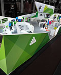 阿迪达斯户外用品室内展览设计