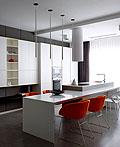 乌克兰暗色调现代时尚公寓设计