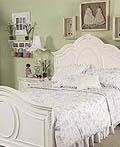 五彩缤纷的女孩房间设计与装饰理念
