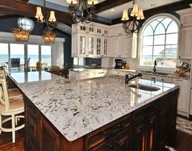 白冰花岗岩在厨房台面中的使用技巧
