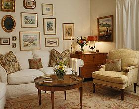 17个地毯在客厅装饰中的运用技巧