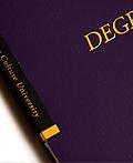 国际学生学位课程书籍设计
